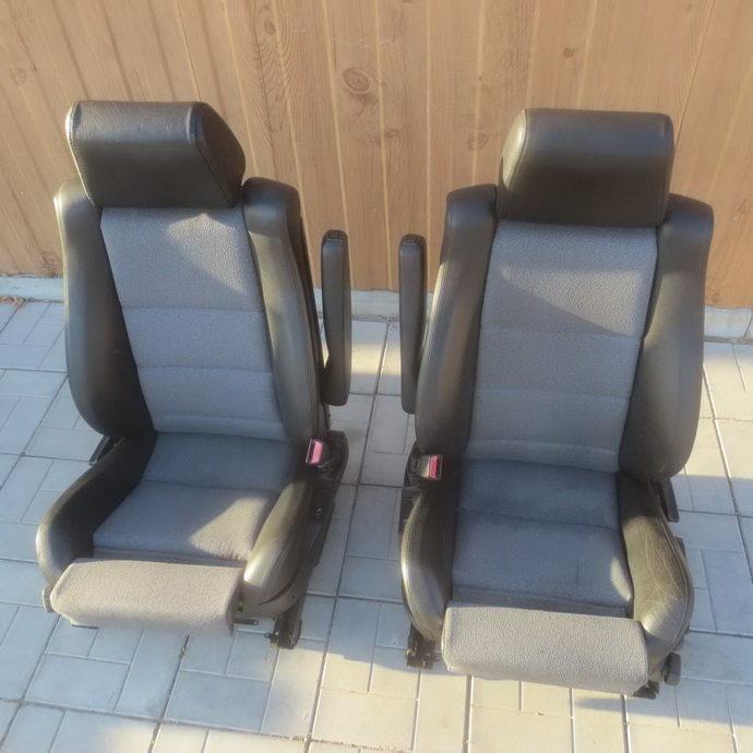 Передние сиденья моторспорт Е34